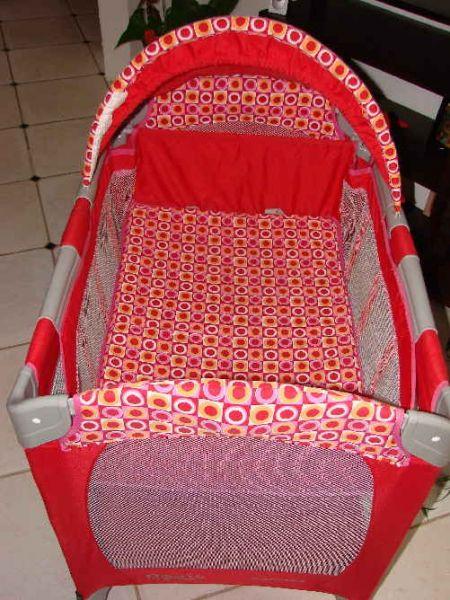 toutavendre091 a vendre lit parapluie graco mini bassinet. Black Bedroom Furniture Sets. Home Design Ideas